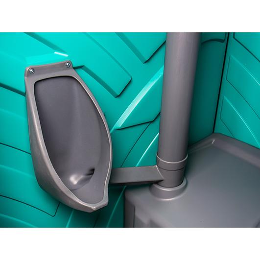 pisuar w przenośnej toalecie