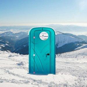 Zabezpieczenie toalet przenośnych wokresie zimowym