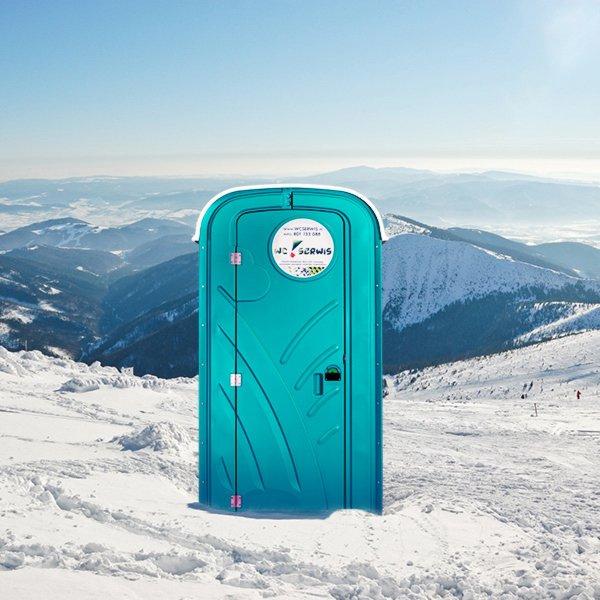 toalety przenośne w zimie - czy zamarza